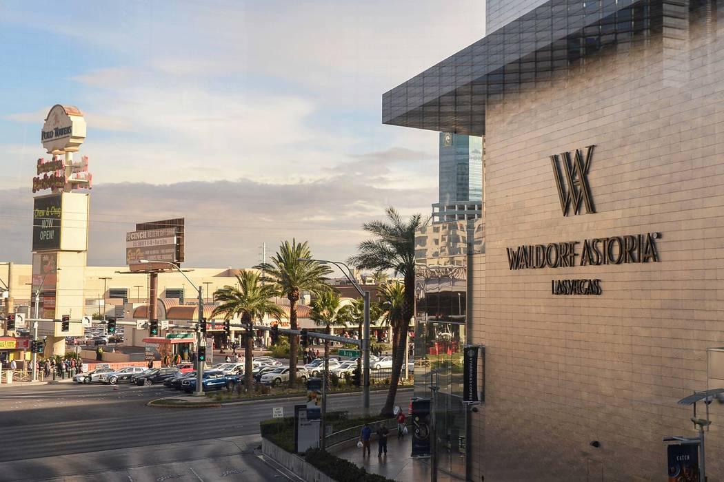 El Waldorf Astoria es el hogar de algunas de las ventas de condominios de gran altura más caras del año en Las Vegas, lunes 17 de diciembre de 2018. Caroline Brehman / Las Vegas Review-Journal