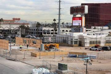 El proyecto de uso mixto en construcción en Flamingo Road y Valley View Boulevard, junto a Palms fotografiado el miércoles, 27 de febrero de 2019, en Las Vegas. Bizuayehu Tesfaye Las Vegas Revie ...