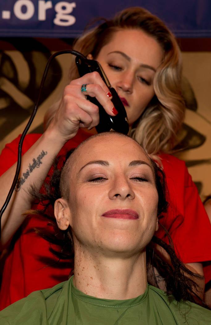 El objetivo de afeitar cabezas es mostrarle a los niños con cáncer que no deben avergonzarse por no tener cabello. [ Foto Cortesía ]