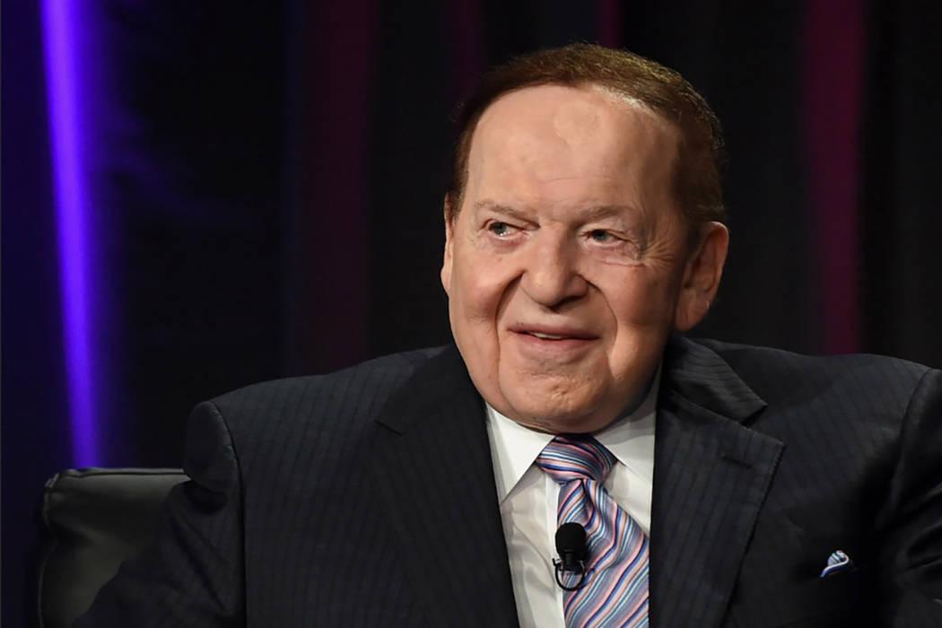 El presidente y CEO de Las Vegas Sands Corp., Sheldon Adelson, habla en la Global Gaming Expo (G2E) 2014 en el Venetian Las Vegas el 1 de octubre de 2014, en Las Vegas, Nevada. (Ethan Miller / Get ...