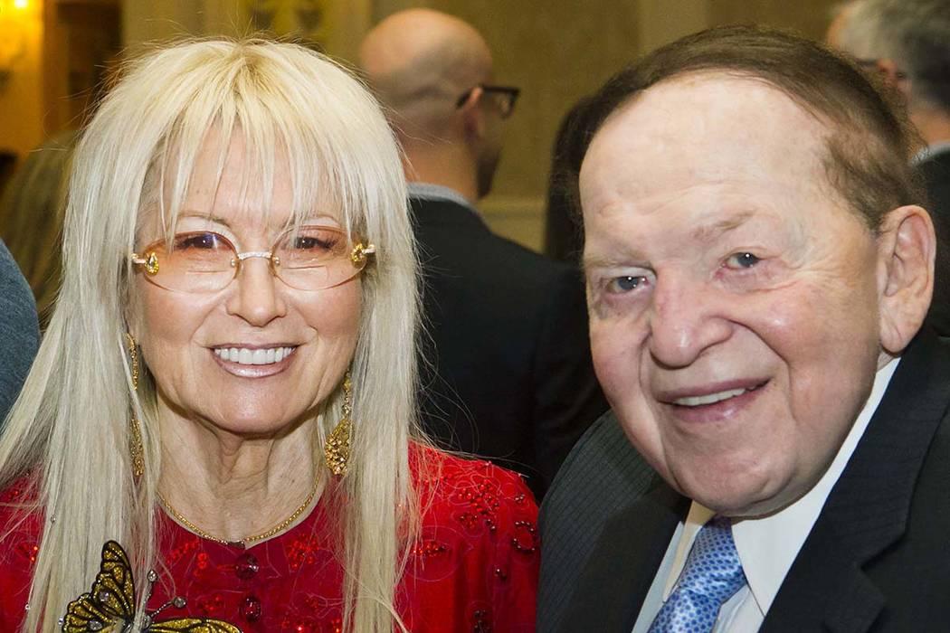 La doctora Miriam Adelson y el presidente y CEO de Las Vegas Sands Corp., Sheldon Adelson, durante la 13ª Gala anual de Búsqueda de Excelencia de Adelson Educational Campus en The Venetian en La ...