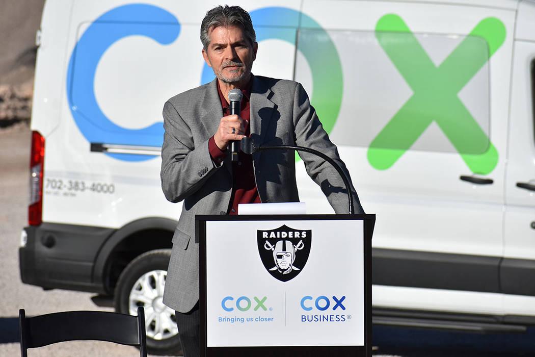 El gerente de comunicaciones de COX, Juergen Barbusca, fue el encargado de dirigir la conferencia de prensa. Jueves 28 de febrero de 2019 en la explanada del sitio de construcción del Estadio de ...