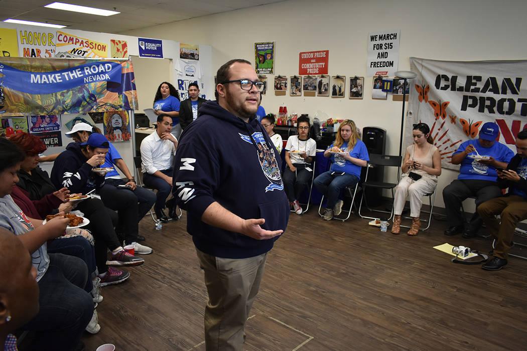 La organización Make the Road NV realizó un foro de diálogo para que la comunidad hispana pudiera conversar con el aspirante presidencial Julián Castro. Jueves 28 de febrero de 2019 en la ofic ...