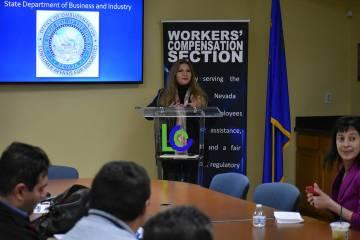 """""""Mucha gente está dando cursos de OSHA o vendiendo seguros de Workers' Compensation que son inválidos"""", Miriam Lira-Hickerson, titular de la Oficina de Protección al Consumidor para Minor ..."""