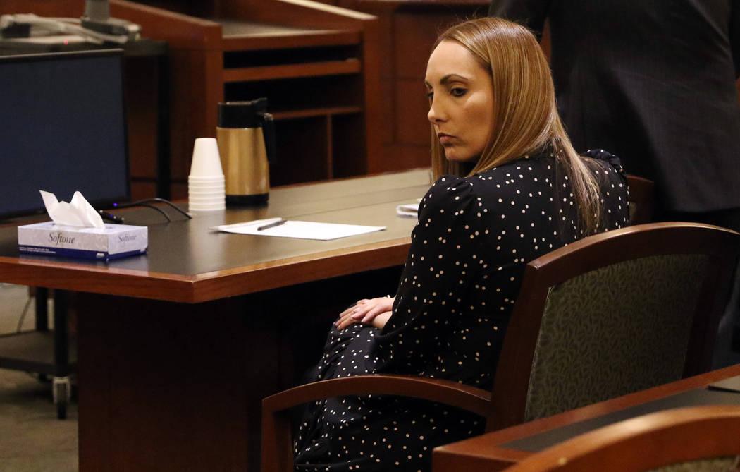 En esta foto de archivo del 10 de enero de 2019, la abogada de Las Vegas, Alexis Plunkett, durante su audiencia en la corte, el jueves 10 de enero de 2019, en el Tribunal Regional de Justicia de L ...