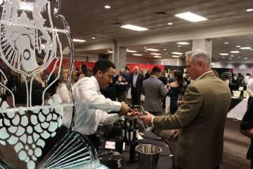 CDF realizó una muestra de vinos para recaudar los fondos para sus programas. Sábado 9 de marzo de 2019 en el casino Palace Station. Foto Cristian De la Rosa / El Tiempo - Contribuidor.