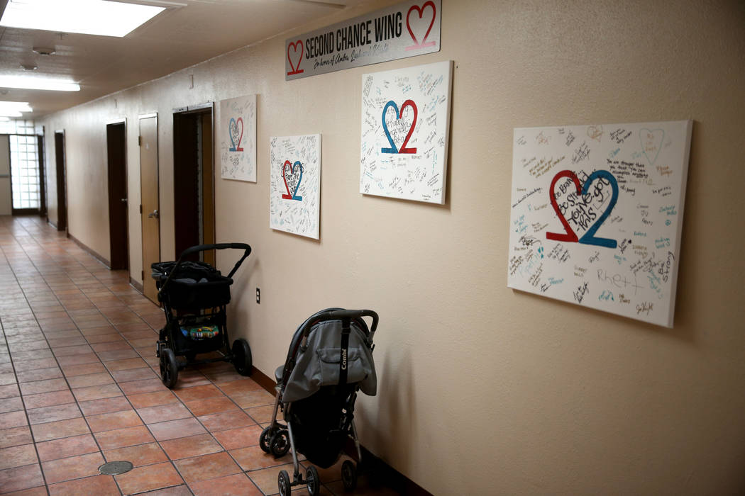 """Un nuevo pasillo de viviendas de transición, denominado """"Second Chance Wing"""" en WestCare Nevada Women and Children's Campus en Las Vegas el miércoles 6 de marzo de 2019. (K.M. Cannon / Las Vegas ..."""