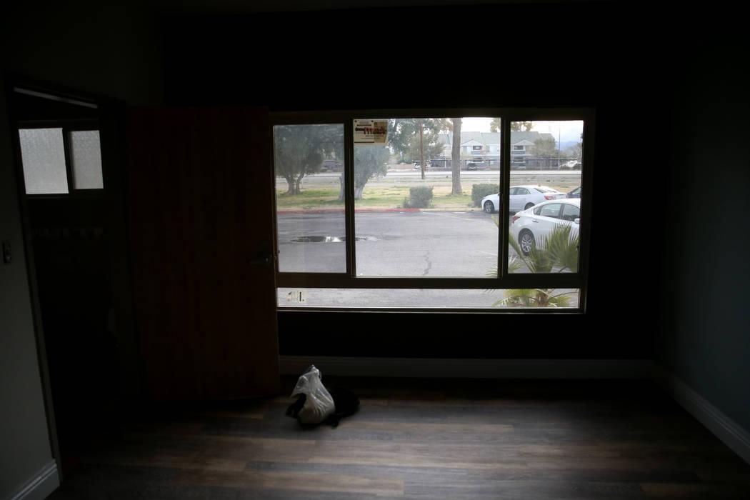 """Un dormitorio en construcción en la nueva área de vivienda de transición, denominada """"Second Chance Wing"""", en el campus de mujeres y niños de WestCare Nevada en Las Vegas el miércoles 6 de ma ..."""
