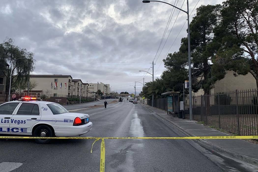 La policía de North Las Vegas está investigando el fatal accidente que ocurrió en el área de Owens Avenue y Main Street el martes 12 de marzo de 2019. (Jessica Terrones / Las Vegas Review-Journal)