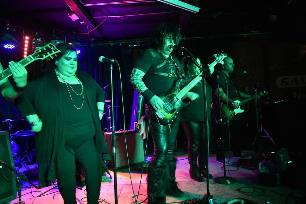 'Los pelos del más allá' tocaron grandes temas de los años 80's. Sábado 17 de marzo de 2019 en el Bunkhouse Saloon. Foto Anthony Avellaneda / El Tiempo.