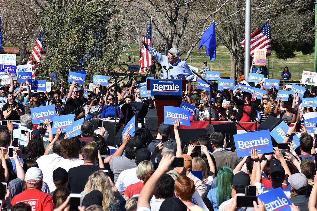 Cientos de personas se reunieron en la ciudad de Henderson para mostrar apoyo al aspirante presidencial Bernie Sanders. Sábado 16 de marzo de 2019 en Morrell Park. Foto Anthony Avellaneda / El Ti ...