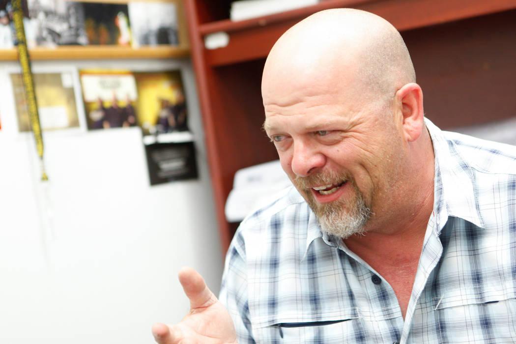 """Rick Harrison del reality show """"Pawn Stars"""" habla durante una entrevista con el Review-Journal en Gold & Silver Pawn Shop en el centro de Las Vegas el jueves 17 de julio de 2014. (Chase Stevens / ..."""