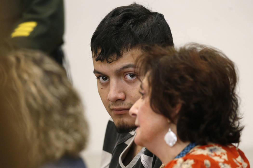 Wilber Ernesto Martínez-Guzmán, de 19 años, de El Salvador, en la sala del Tribunal de Justicia de Carson City en Carson City, Nevada, el 24 de enero de 2019. Un gran jurado ha acusado a Martí ...