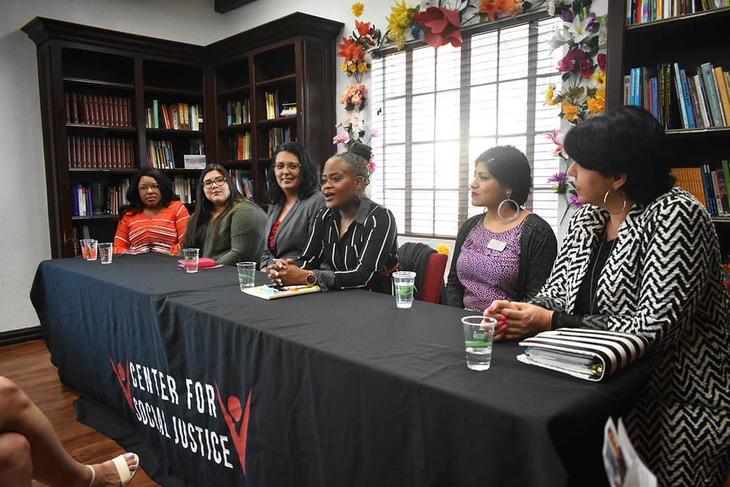 Seis mujeres que han destacado en ámbitos comunitarios, académicos o políticos, respectivame ...