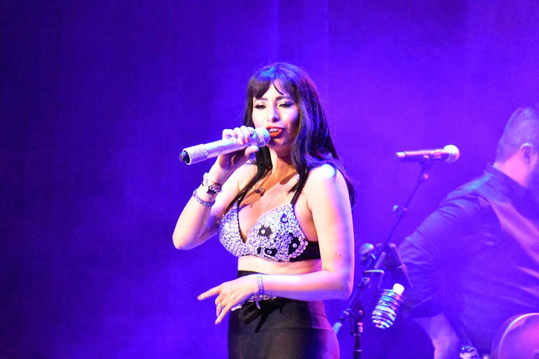 """""""Selena The Show"""" ofreció todos los temas de la """"Reyna del tex-mex"""" ante un lleno tota ..."""