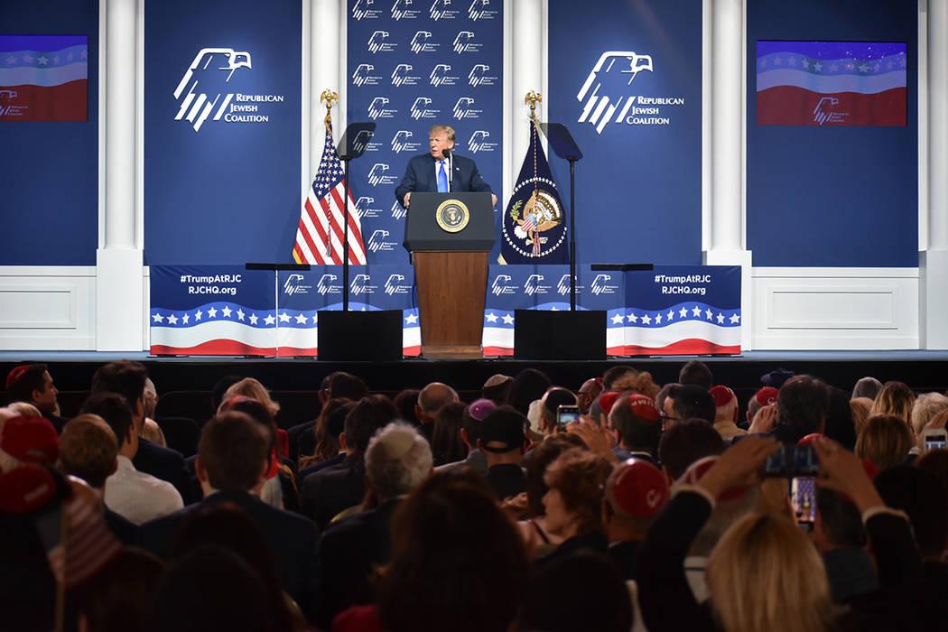 El presidente Donald J. Trump mostró apoyo a la comunidad Judía y al país de Israel. Sábado ...