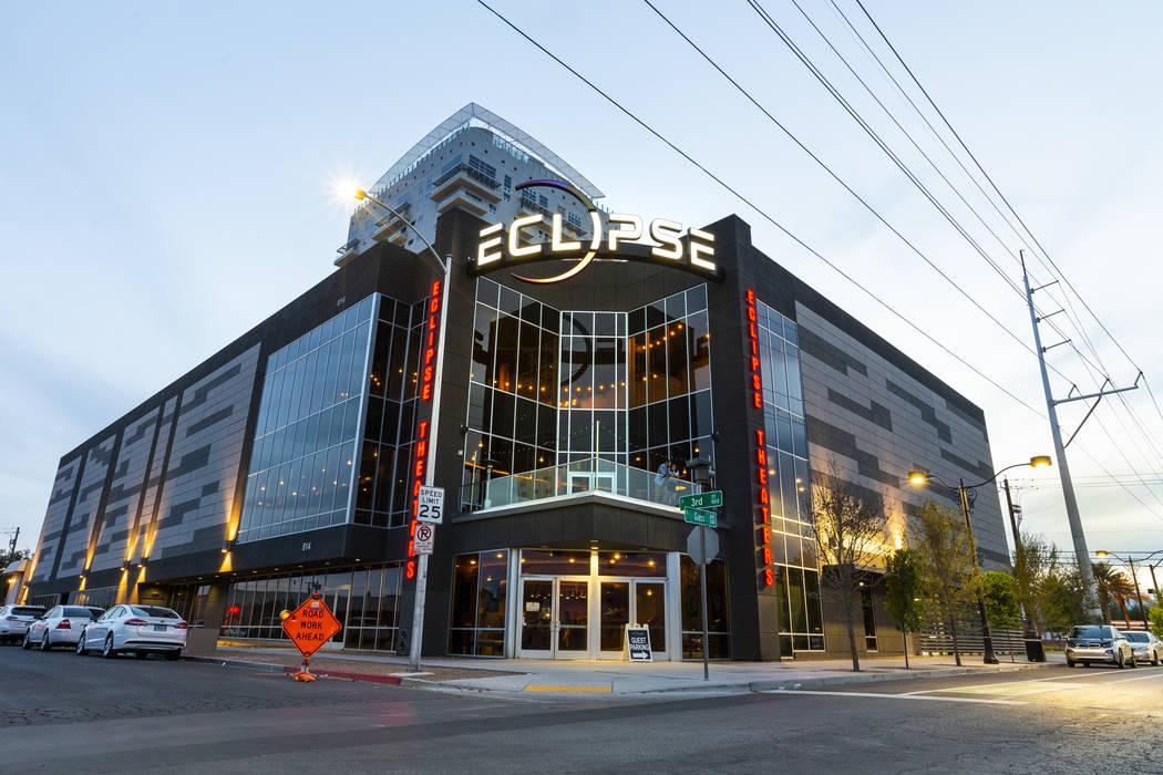 Fotos exteriores del edificio 'Eclipse' al anochecer, el miércoles 3 de abril de 2019, en Las ...