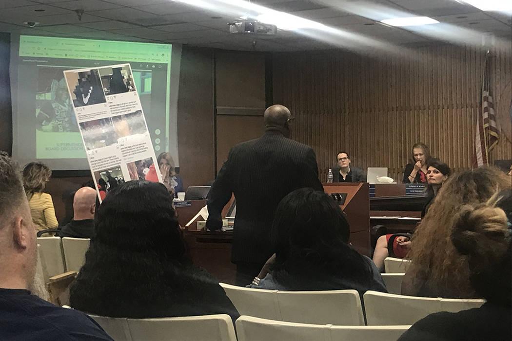 La Junta Escolar del Condado de Clark escuchó al público sobre las tensiones raciales en Arbo ...
