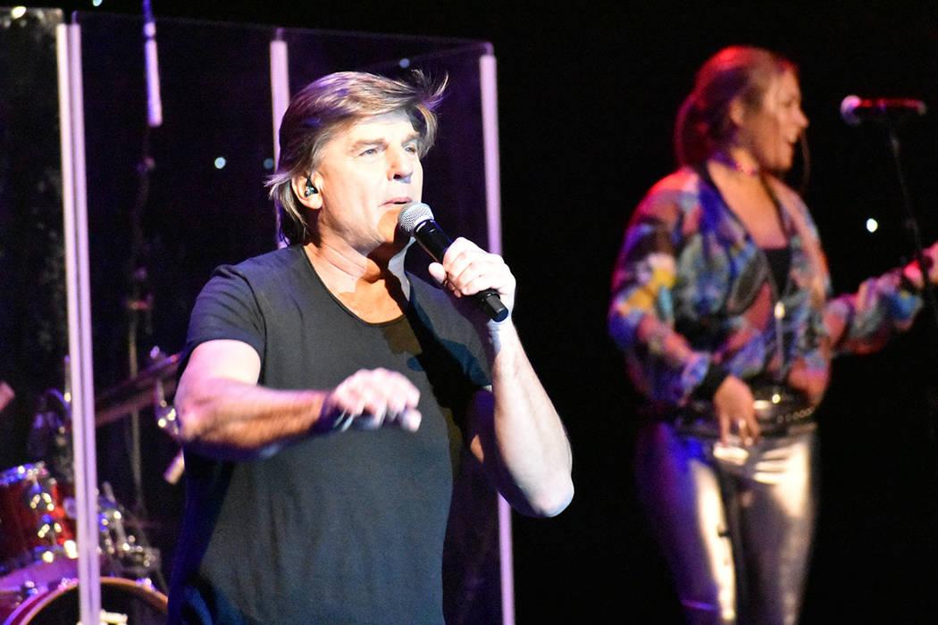La banda argentina Vilma Palma e Vampiros demostró que sigue estando en el gusto del público. ...