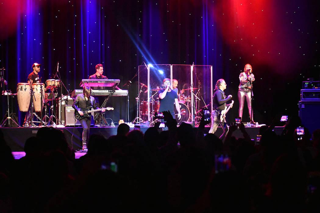 Vilma Palma e Vampiros cerró en Las Vegas una gira de 11 conciertos por Estados Unidos. Lunes ...