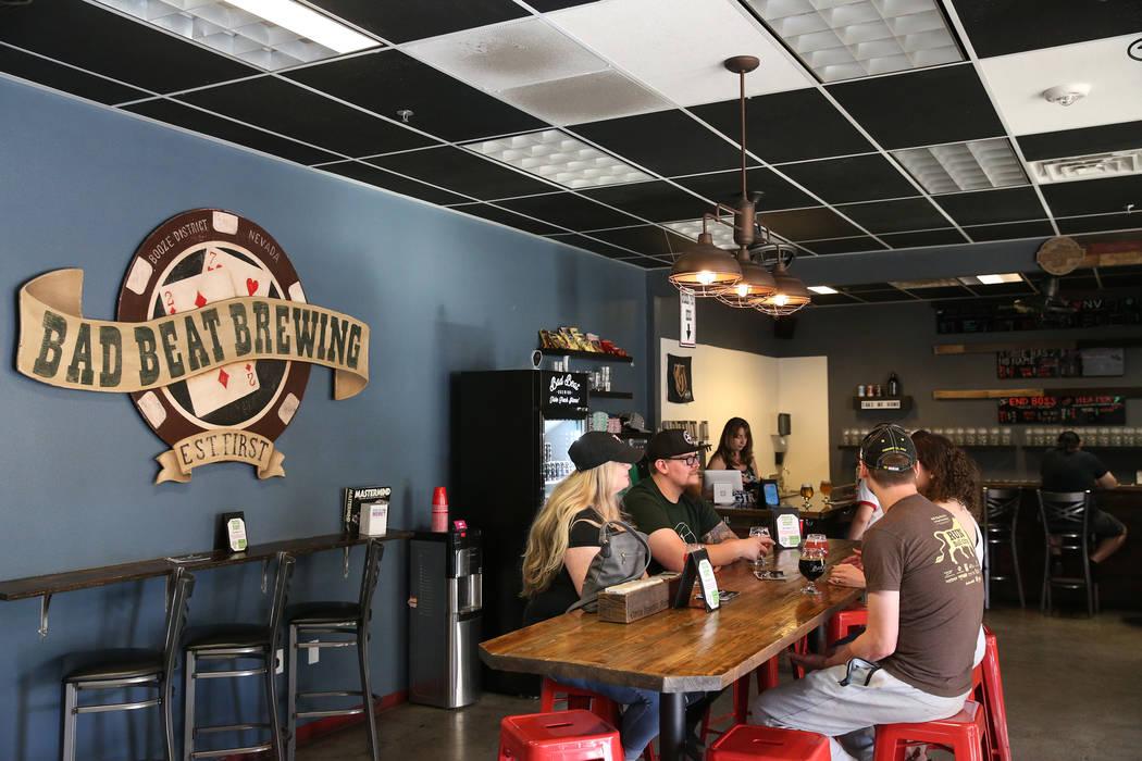 Bad Beat Brewing en Henderson, sábado 13 de abril de 2019. (/ Las Vegas Review-Journal) @Erik_ ...
