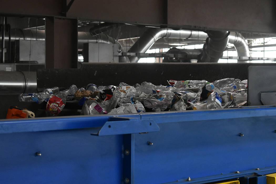 El Tiempo recorrió el centro de reciclaje de Republic Services, gracias a un recorrido guiado ...