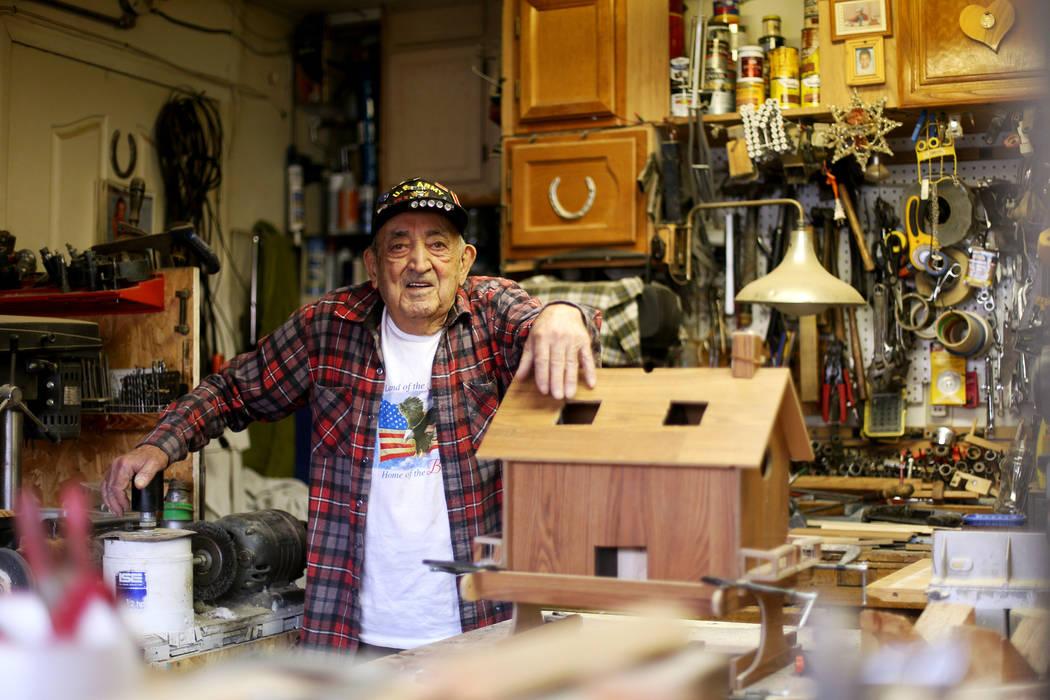 """Onofrio """"No-No"""" Zicari, de 96 años, un veterano de la Segunda Guerra Mundial quien participó ..."""