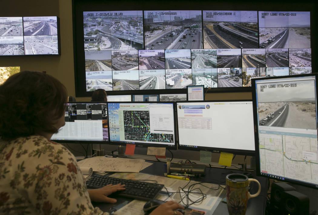 El Centro de Gestión de Tráfico, operado por la Comisión Regional de Transporte del Sur de N ...