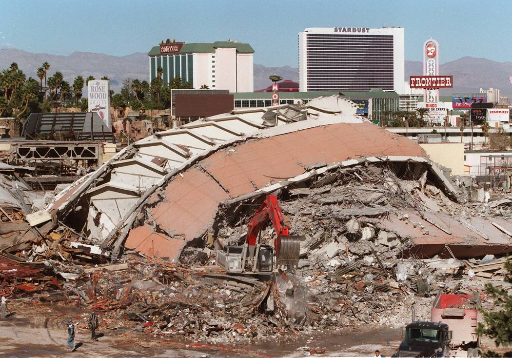 The rubble of the Sands Tuesday morning following the implosion. 11/26/96. (Jim Laurie)