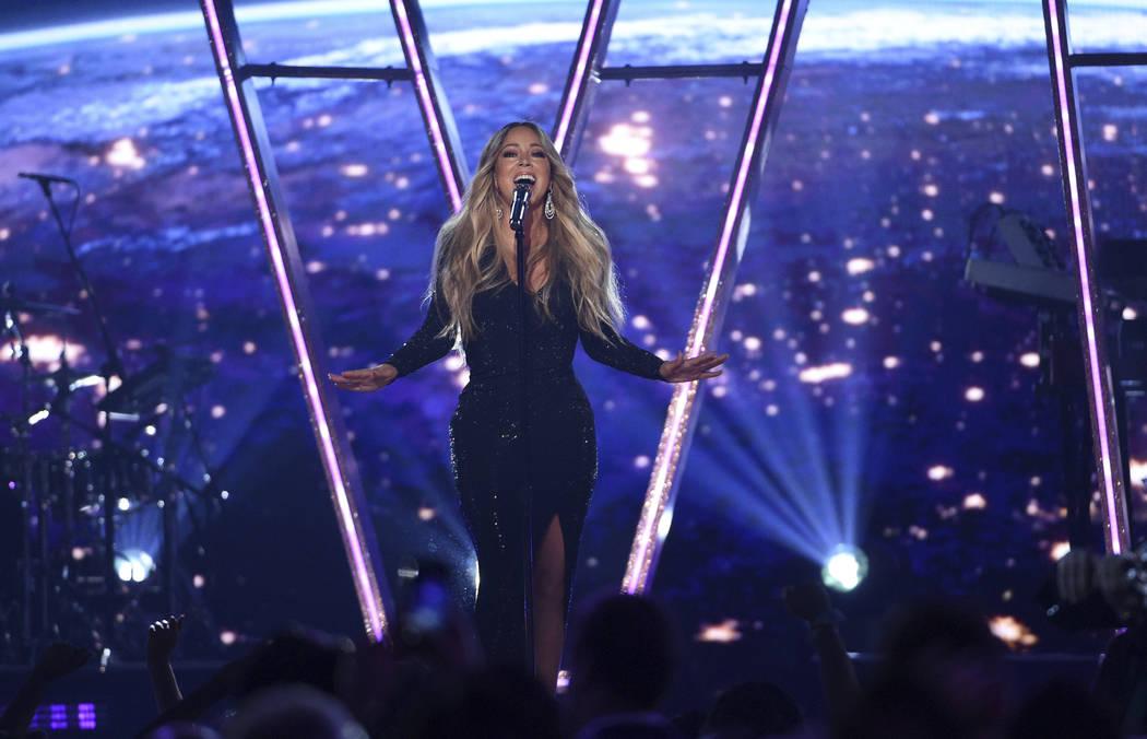 Mariah Carey canta en los Billboard Music Awards el miércoles 1º de mayo de 2019, en el MGM G ...