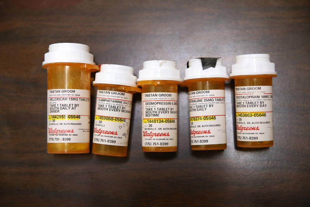 El medicamento de Tristan Groom, de 15 años, se prescribió cuando asistía a la Academia Northwest en el Valle de Amargosa, se fotografió durante una entrevista en la Biblioteca de la Comunidad Pahrump, sábado 2 de febrero de 2019. (Foto Erik Verduzco / Las Vegas Review-Journal)