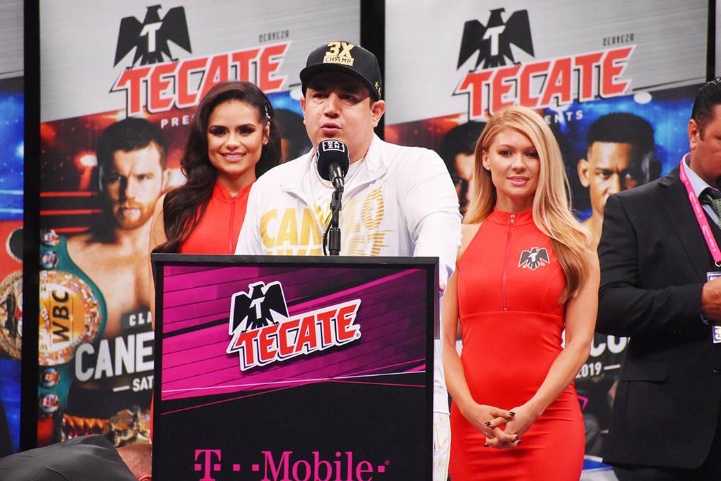 """Saúl """"Canelo"""" Álvarez se impuso por decisión unánime a Daniel Jacobs, en la foto, el cu ..."""