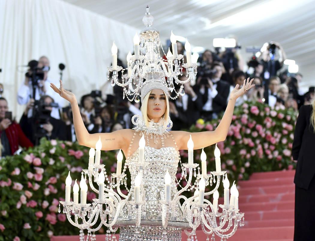 Katy Perry asiste a la gala benéfica del Instituto Metropolitano de Trajes de Arte que celebra ...
