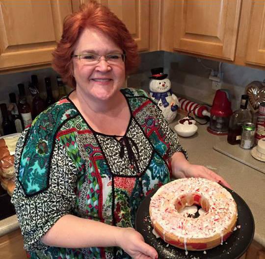Kimberlee Ann Kincaid-Hill se muestra en una foto en la página de Facebook de un amigo. El 23 ...
