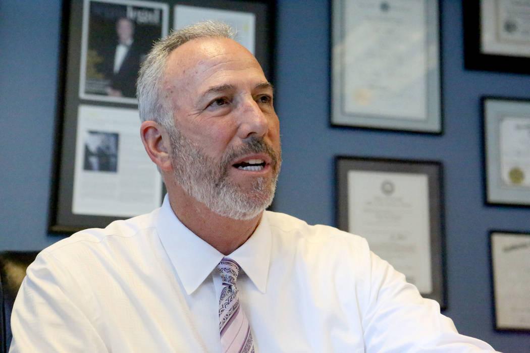 En una entrevista en su oficina el lunes 6 de mayo de 2019, el fiscal de distrito del Condado d ...