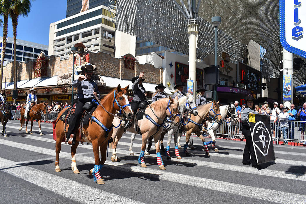 Los caballos fueron pieza distintiva en el desfile que cumplió 85 años. Sábado 11 de mayo de ...