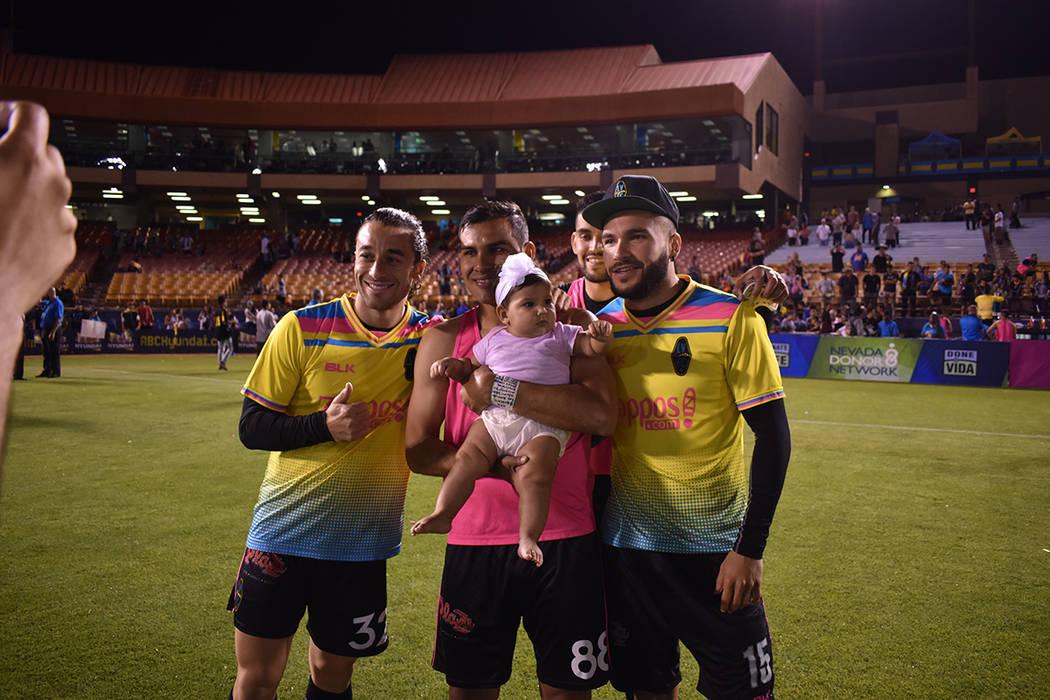 Las Vegas Ligths FC realizó otra peculiar promoción para festejar con la afición local, en e ...