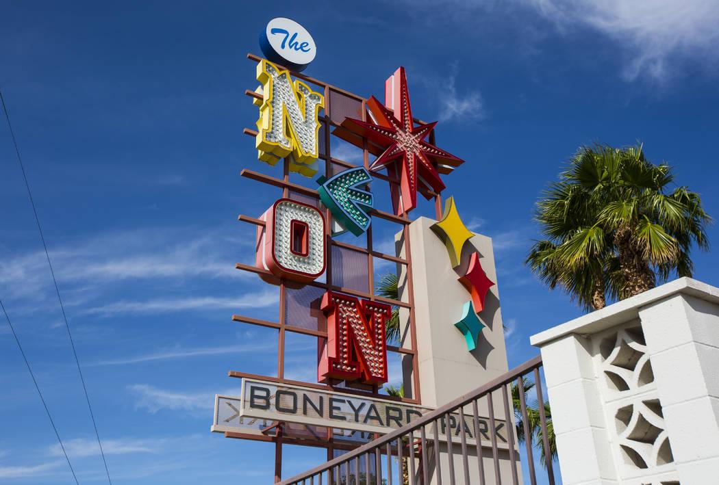 El parque Neon Boneyard, frente al Museo Neón, en Las Vegas el martes 14 de mayo de 2019. (Cha ...