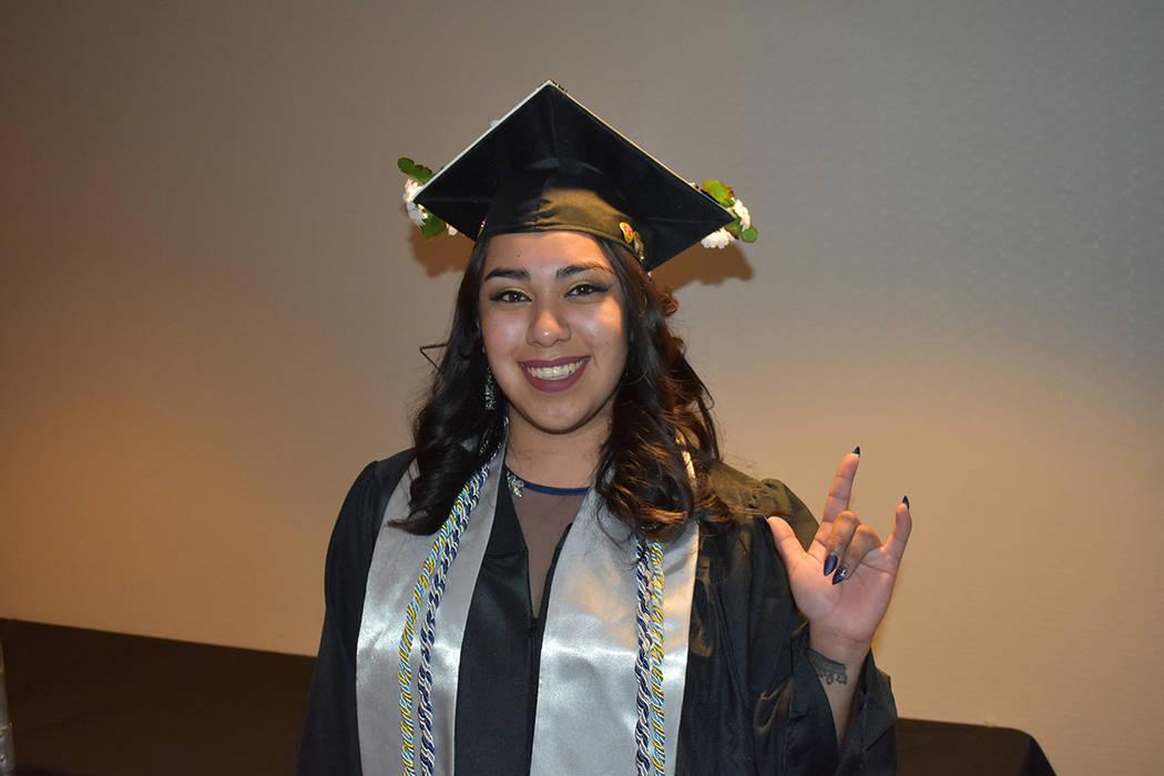 Adalhi Orduña-García agradeció a sus padres Gudelia y Juan Orduña y a su profesor David Kel ...