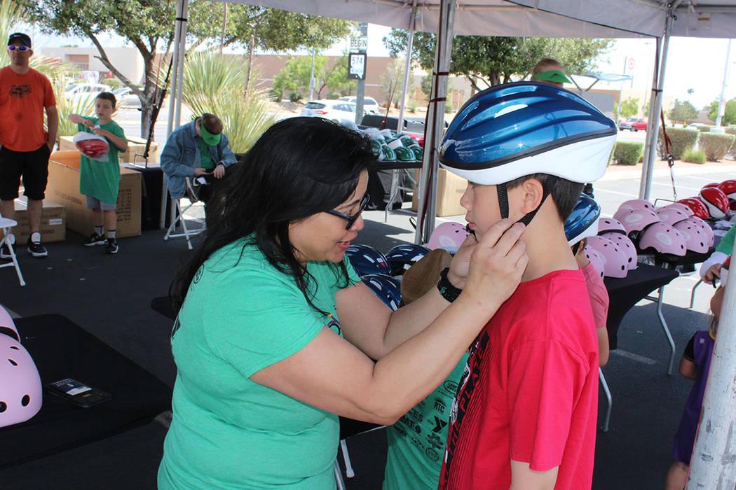 85% de las lesiones en la cabeza son evitadas en accidentes si el ciclista lleva casco. Sábado ...
