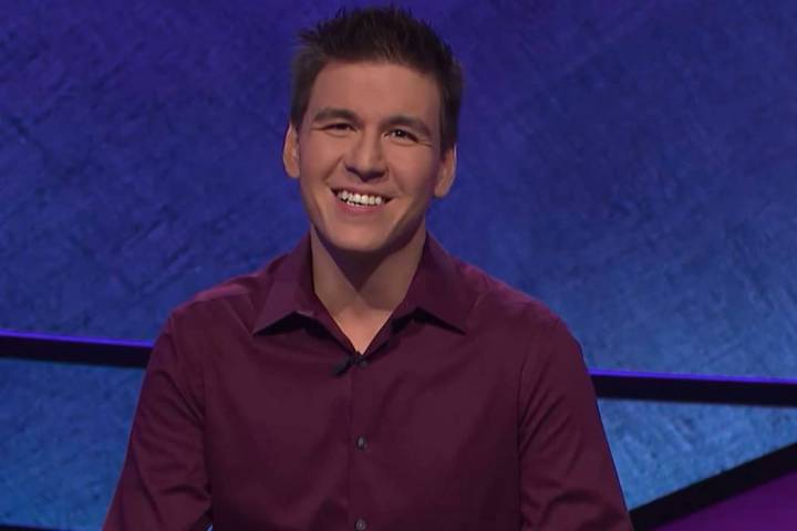 """James Holzhauer de Las Vegas, aparece en """"Jeopardy!"""" el martes, 17 de abril de 2019. (Jeopardy ..."""