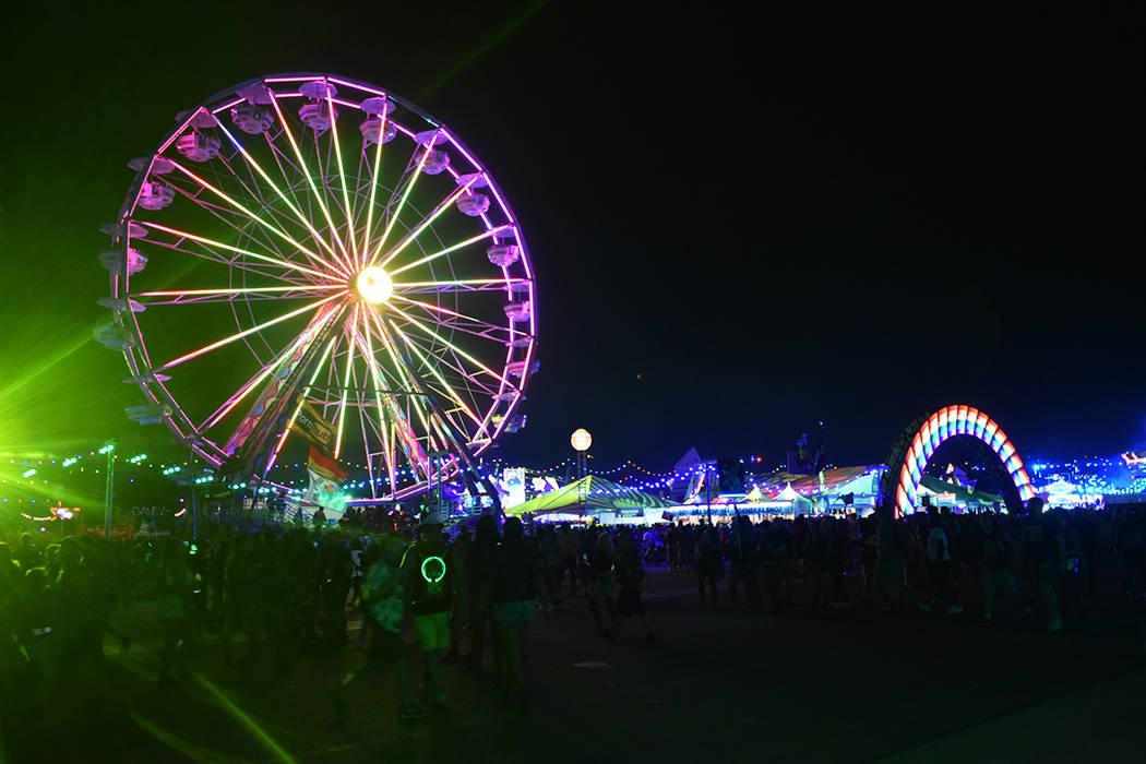 EDC Las Vegas 2019 tuvo una asistencia estimada de 155,000 personas. Del 17 al 19 de mayo de 20 ...