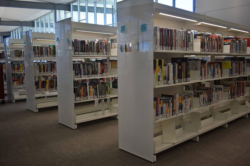 ARCHIVO.- 10,775 pies cuadrados de espacio con materiales bibliotecarios. Lunes 22 de abril de ...