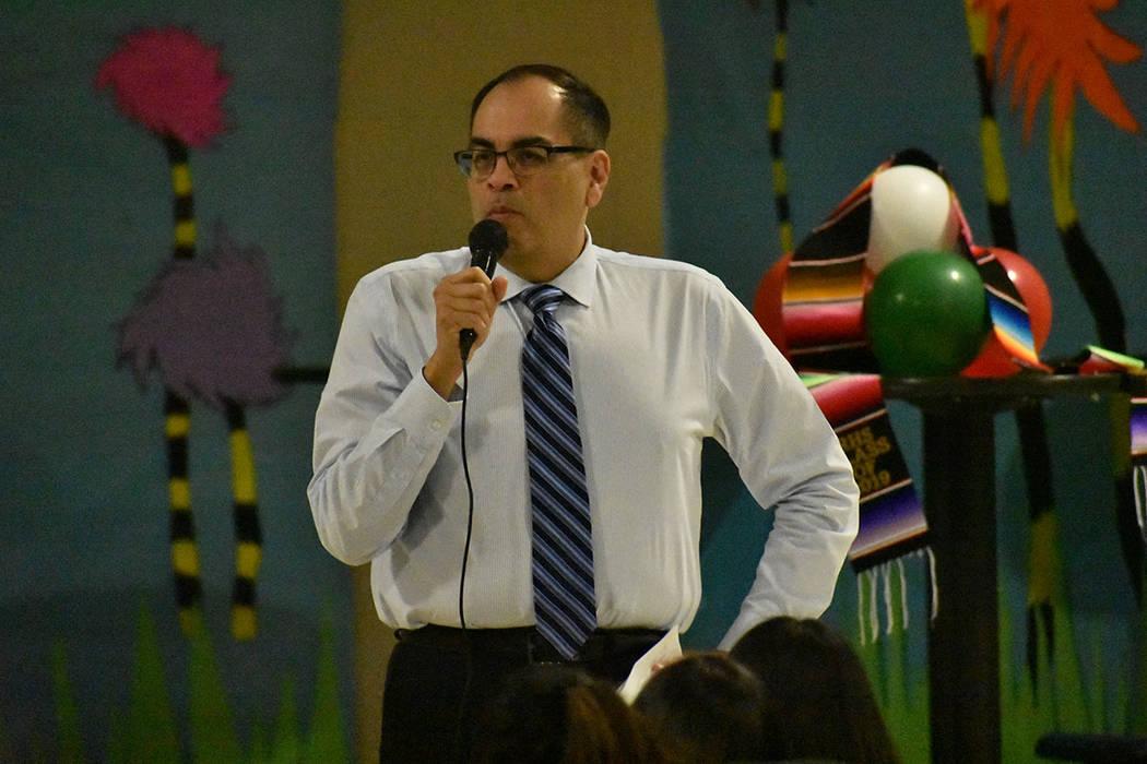 El profesor José Loya informó que este fue su último ciclo escolar como docente. Lunes 20 de ...
