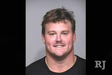 Los Raiders están firmando al liniero ofensivo de la NFL, Richie Incognito, por un contrato de ...
