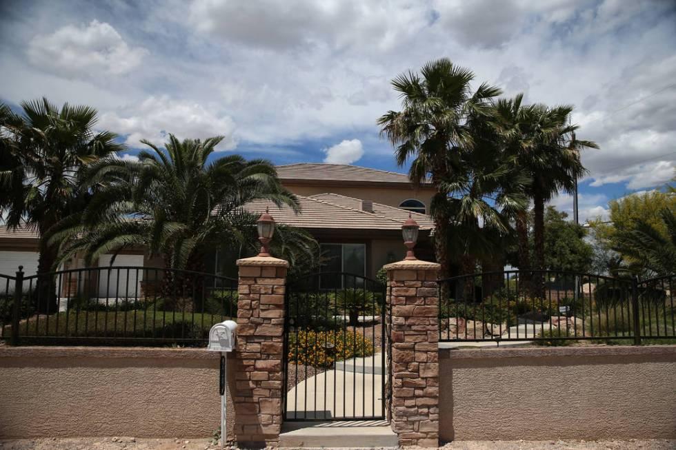La casa en 5870 W. Oquendo Road en Las Vegas, martes 28 de mayo de 2019. (Erik Verduzco / Las V ...