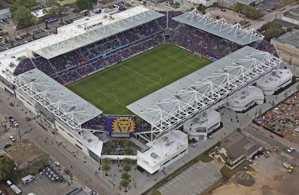 Este domingo, 5 de marzo de 2017, la foto muestra el estadio de nueva construcción del Orlando ...
