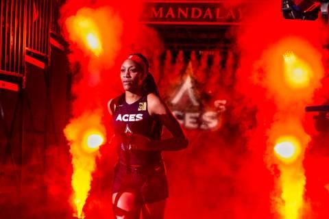 A'ja Wilson (22) de Las Vegas Aces se presenta antes de que el equipo se enfrente a Los Ángeles Sparks, en un partido de baloncesto de la WNBA en el Mandalay Bay Events Center, el domingo 26 de mayo de 2019, en Las Vegas. (Foto L.E. Baskow / Las Vegas Review-Journal)
