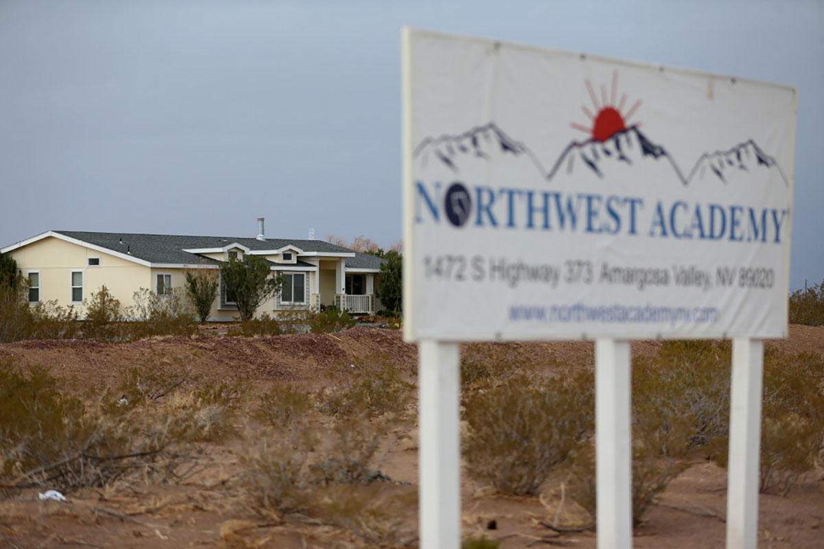 El hogar de los propietarios de la Academia Northwest, Marcel y Patricia Chappuis, en la escuela en el Valle de Amargosa, el 2 de febrero de 2019. (Erik Verduzco / Las Vegas Review-Journal)