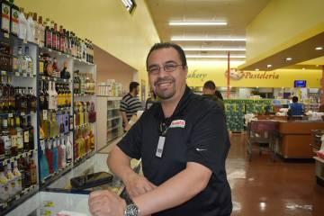 Israel Sánchez expresó que se atendió a un promedio de 40 personas en la feria laboral ¡Sé ...